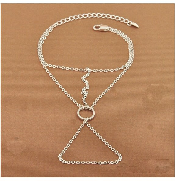 8862-2de8f2a037447c976324e1457022c81d Simple Geometric Chained Hand Slave Jewelry With Circular Accent
