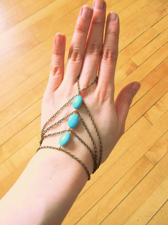 8864-114ab458f26a2f6d336b2911f54ef1b6 Multi-layer Gold Plated Hand Slave Chain With Turquoise Beads