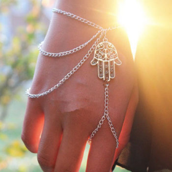 Multilayer Chain Bracelet Jewelry With Finger Slave And Hamsa Hand