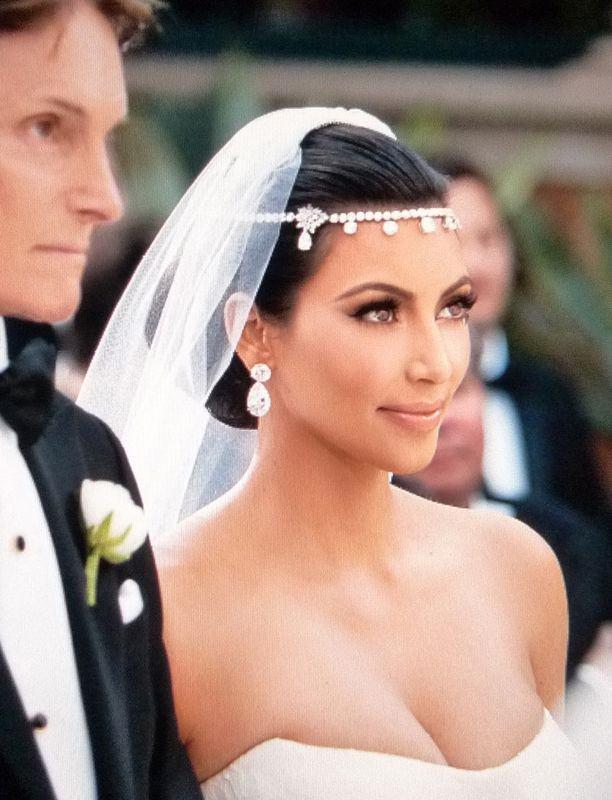 8876-52f1ee9b359d499cdd43d8e06c125b84 Bridal Crystal Chain Head Jewelry With Teardrop Rhinestone Pieces