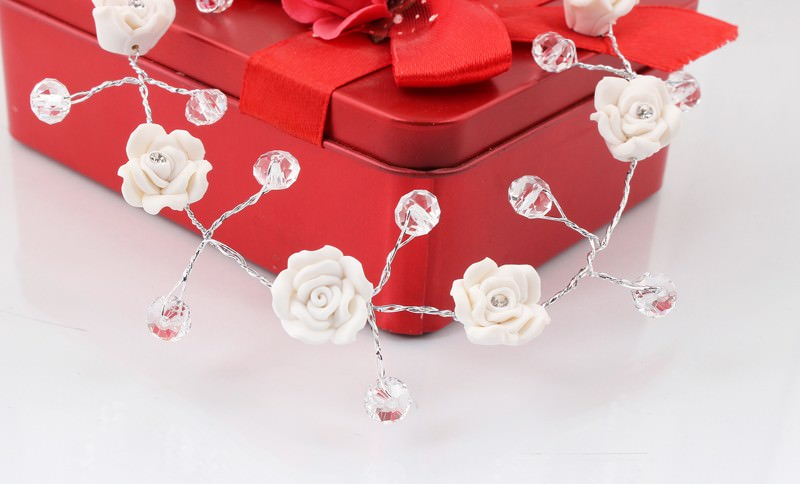 8889-6f5a4b700cec327108203ae3ee83e74c Handmade Bridal Floral And Crystal Head Jewelry