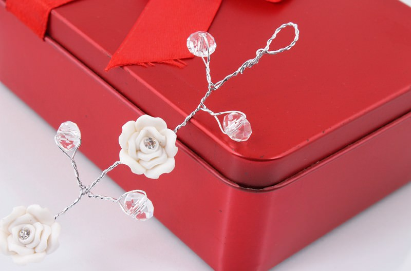8889-f080f47a4f09098dd75f8b2c825d04e2 Handmade Bridal Floral And Crystal Head Jewelry