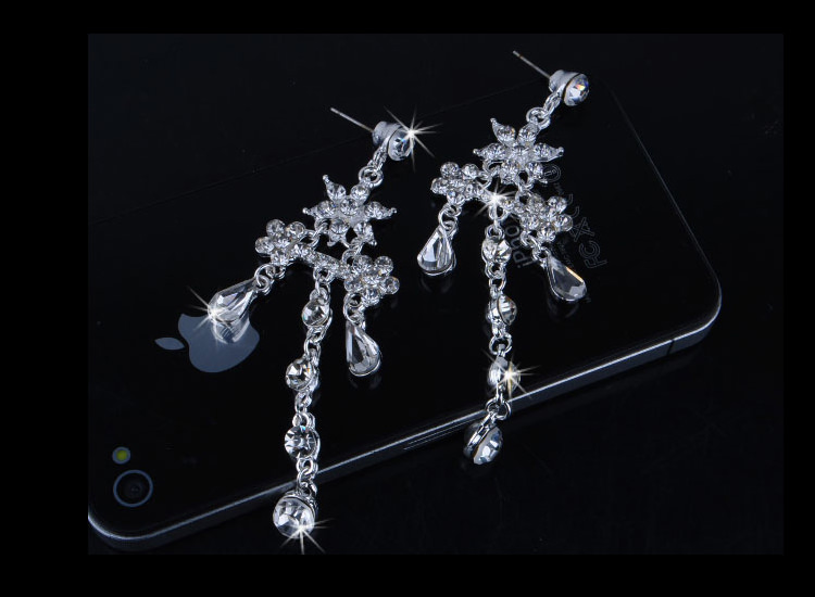 8900-90bad9824b7cc0eb011799d5c5159f87 Crystal Floral Bridal Head Jewelry With Matching Earrings