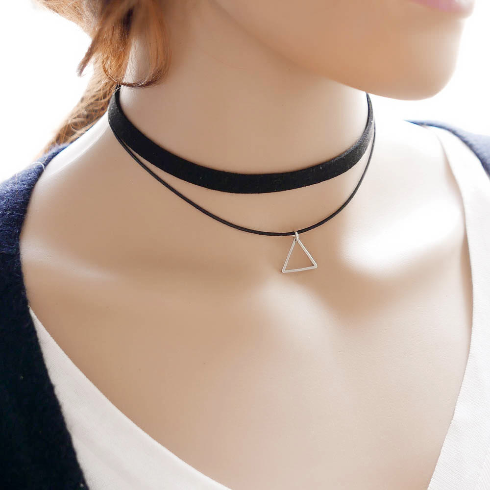 Black Imitation Leather Choker Necklace With Geometric Shaped Pendant