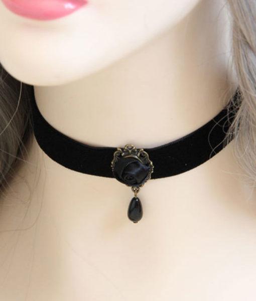 Fashion Black Velvet Retro Gothic Collar Choker Necklace Red Rose Flower Charms Pendant For Women Jewelry Collier Femme Bijoux