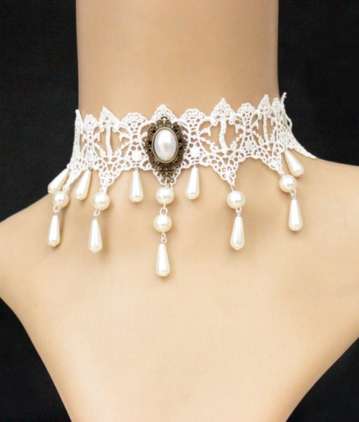 Vintage White Choker Necklace With Pearl Pendant And Dangles