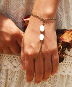 Hipster Hand Bracelet Chain Jewelry With Shell Beads