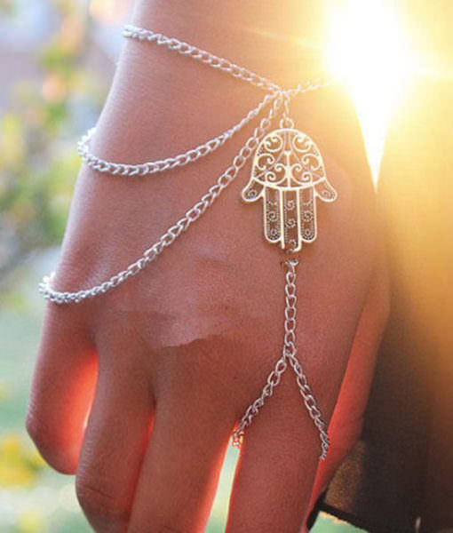 Multilayer Chain Wrist and Hand Bracelet with Hamsa Hand Charm
