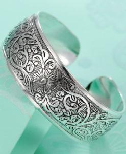 Retro Silver Plated Cuff Bangles