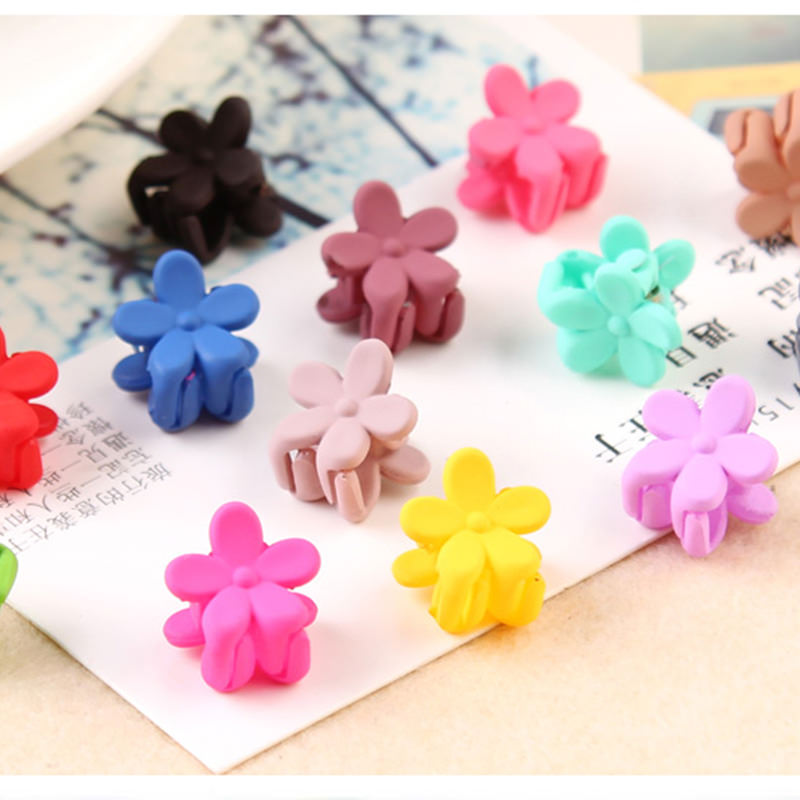 Pretty 10-Pieces Girls Fashion Candy Color Hair Clip Claw Accessories